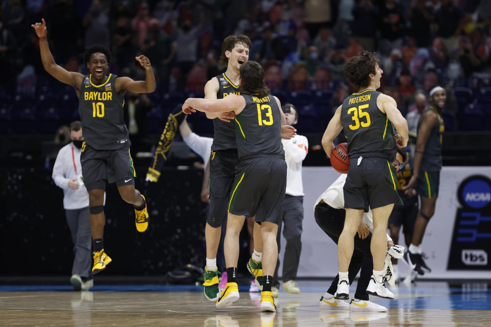 INDIANAPOLIS, INDIANA - APRIL 05: The Baylor Bears celebrate after defeating the Gonzaga Bulldogs in the National Championship game of the 2021 NCAA Men's Basketball Tournament at Lucas Oil Stadium on April 05, 2021 in Indianapolis, Indiana. (Photo by Jamie Squire/Getty Images)