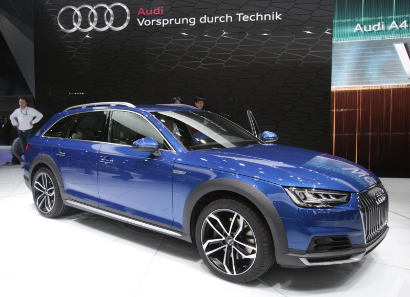 A 2017 Audi allroad Quattro is displayed at the North American International Auto Show in Detroit, Michigan January 11, 2016. REUTERS/Rebecca Cook
