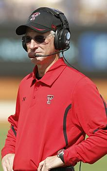Tommy Tuberville faces a bare cupboard as spring drills begin