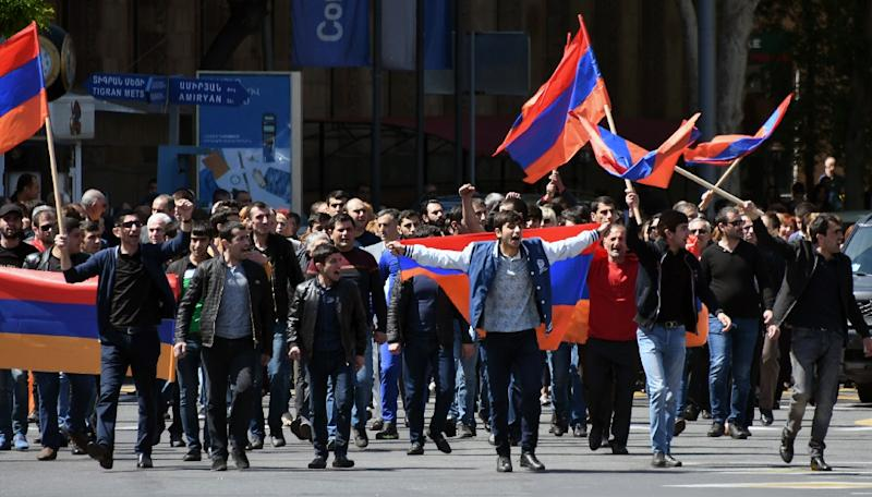 Protesters in Armenia shouted, clapped, whistled, beat drums and tooted car horns in demonstrations that underscore the political turmoil gripping the impoverished country of 2.9 million people (AFP Photo/Vano Shlamov)