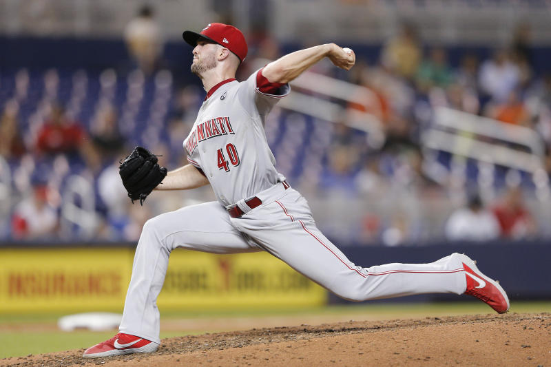 MIAMI, FLORIDA - AUGUST 29: Alex Wood #40 of the Cincinnati Reds in action against the Miami Marlins at Marlins Park on August 29, 2019 in Miami, Florida. (Photo by Michael Reaves/Getty Images)