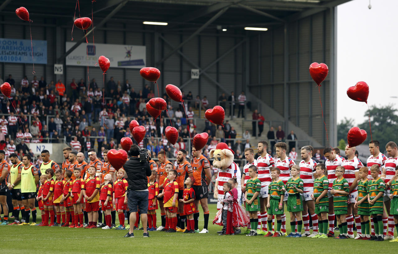 Britain Rugby League - Leigh Centurions v Castleford Tigers - Betfred Super League - Leigh Sports Village - 29/5/17 Balloons are released before the game in tribute to the victims of the Manchester attack  Action Images via Reuters / Ed Sykes Livepic EDITORIAL USE ONLY.