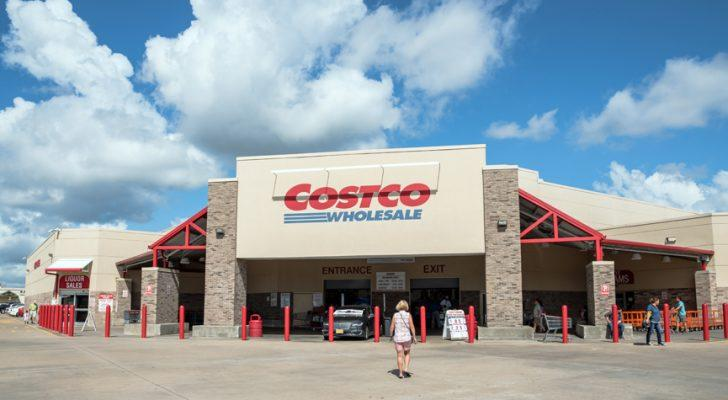 Dividend Growth Stocks to Buy: Costco Wholesale Corporation (COST)