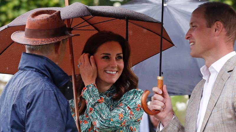 The Duchess Of Cambridge Looks Like Pure Magic Visiting Princess Diana's Memorial Garden