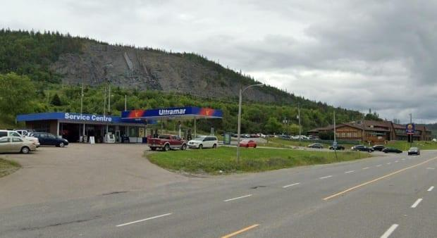 Public Health is advising of possible COVID-19 exposures at Veitch's Ultramar (left) and Jungle Jim's (right) in Corner Brook. (Google Maps - image credit)