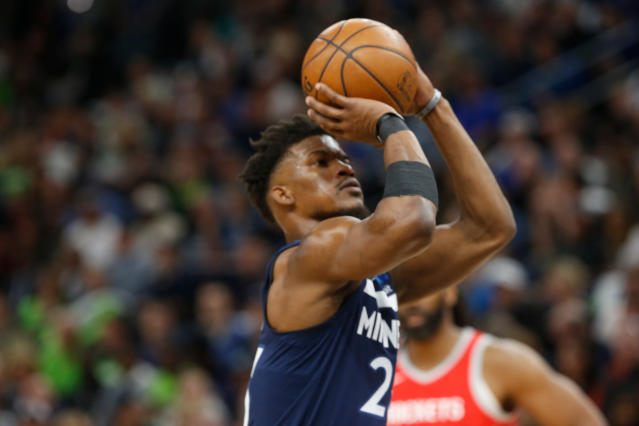 "<a class=""link rapid-noclick-resp"" href=""/nba/teams/min"" data-ylk=""slk:Minnesota Timberwolves"">Minnesota Timberwolves</a> forward <a class=""link rapid-noclick-resp"" href=""/nba/players/4912/"" data-ylk=""slk:Jimmy Butler"">Jimmy Butler</a> wants to play with <a class=""link rapid-noclick-resp"" href=""/nba/teams/bos"" data-ylk=""slk:Boston Celtics"">Boston Celtics</a> guard <a class=""link rapid-noclick-resp"" href=""/nba/players/4840/"" data-ylk=""slk:Kyrie Irving"">Kyrie Irving</a>, according to a report. (AP Photo)"