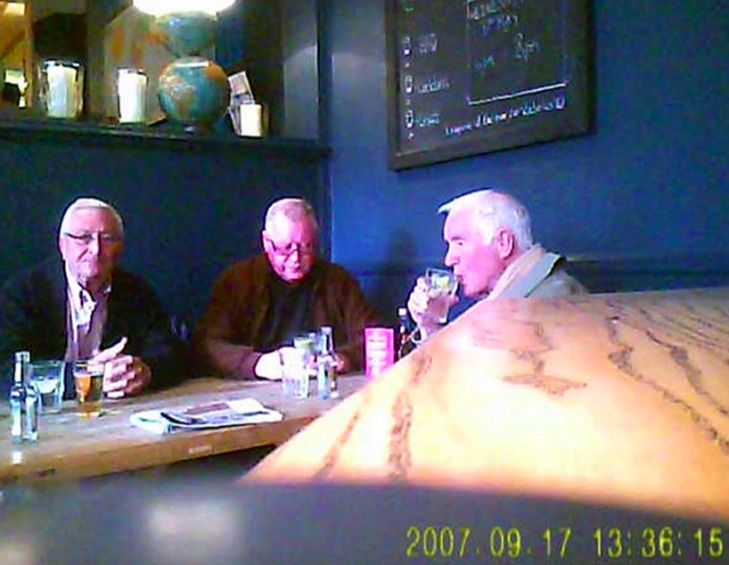 <em>(L to R) John Collins, Terry Perkins and Brian Reader in the Castle Public House, Pentonville Road (PA)</em>