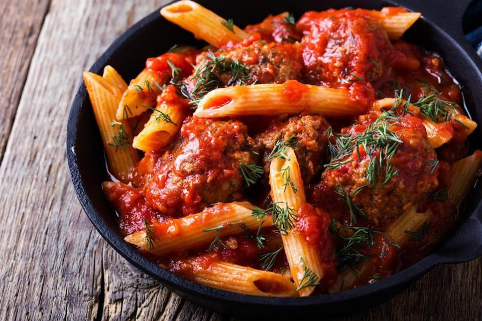 "<p>If you've ever microwaved tomato sauce to go with <a href=""https://www.thedailymeal.com/how-to-cook-perfect-pasta?referrer=yahoo&category=beauty_food&include_utm=1&utm_medium=referral&utm_source=yahoo&utm_campaign=feed"" rel=""nofollow noopener"" target=""_blank"" data-ylk=""slk:perfectly cooked pasta"" class=""link rapid-noclick-resp"">perfectly cooked pasta</a>, you've likely noticed it has a tendency to splatter. This is because heat gets trapped internally. The steam has no way to escape, so it bursts and makes a mess. This can happen with many thick sauces.</p>"