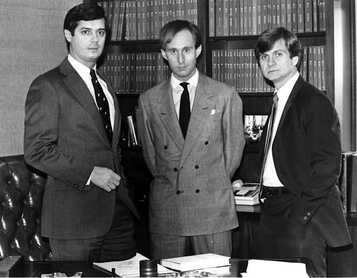 Paul Manafort (left) and Roger Stone (center) pictured with Lee Atwater (right), the newest hire for their firm Black, Manafort and Stone in 1986. (Photo: The Washington Post via Getty Images)