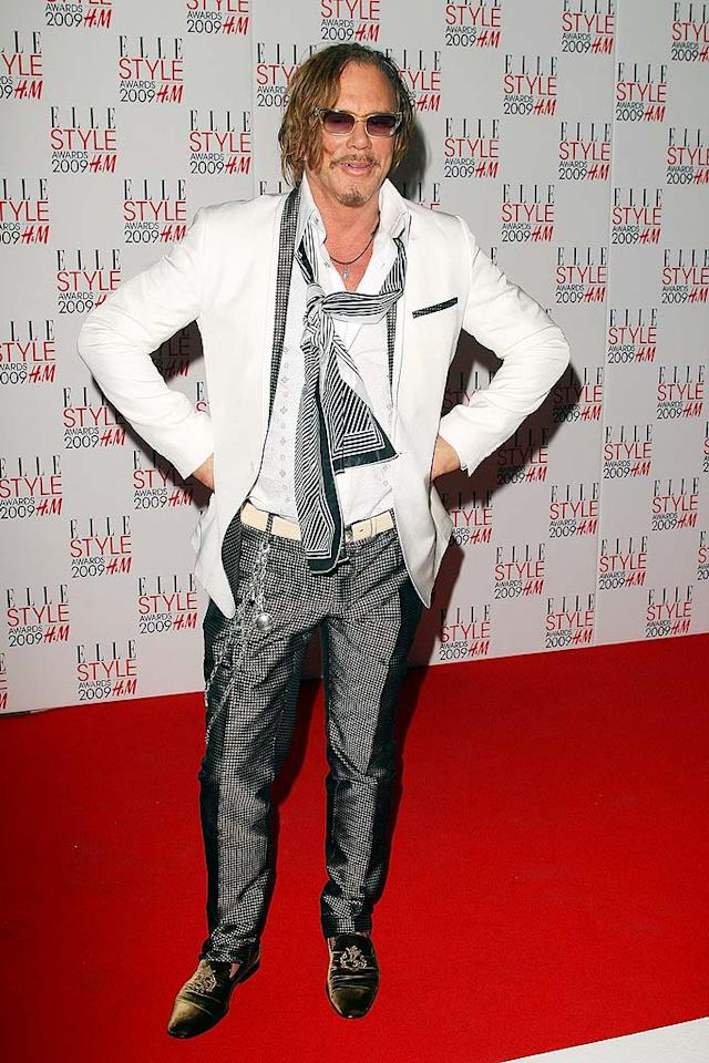 "Mickey Rourke delivered yet another fashion faux pas on the red carpet thanks to his silly accessories. Mike Marsland/<a href=""http://www.wireimage.com"" target=""new"">WireImage.com</a> - February 9, 2009"