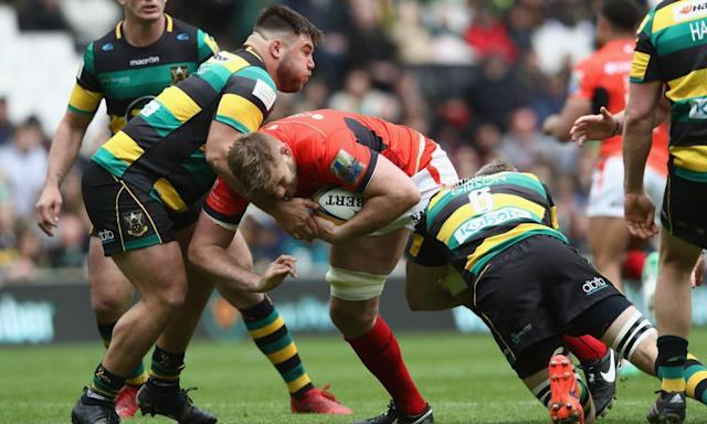 """<span class=""""element-image__caption"""">George Kruis of Saracens, centre, returned from a knee injury injury a week ahead of schedule on Saturday, playing the full 80 minutes against Northampton Saints.</span> <span class=""""element-image__credit"""">Photograph: David Rogers/Getty Images</span>"""