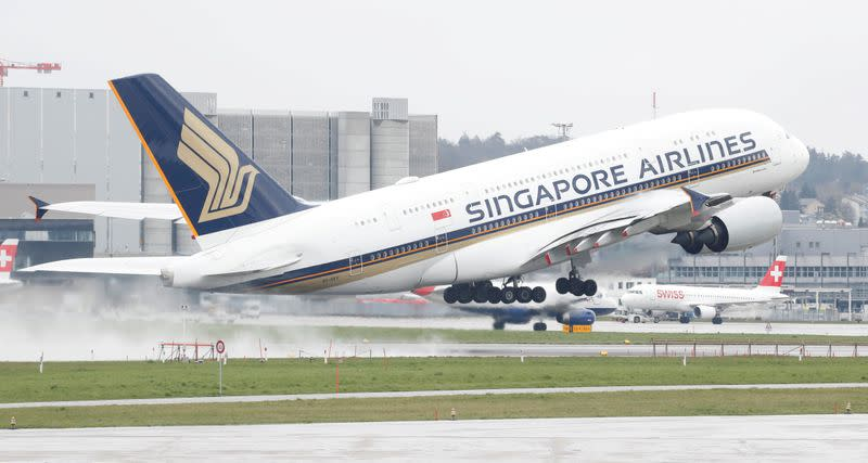 Singapore Airlines obtains $13 billion in rescue package amid coronavirus shock