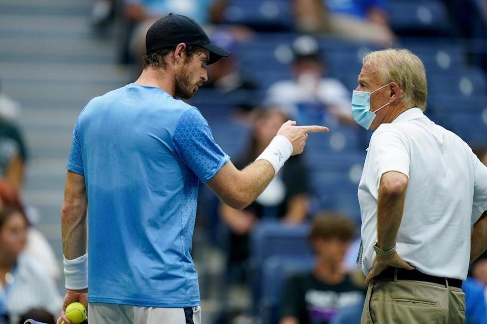 Andy Murray complains to an official (AP)