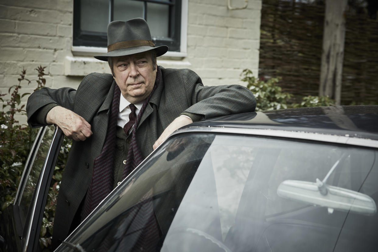 MAMMOTH SCREEN FOR ITV ENDEAVOUR VIII Film 3  Pictured: ROGER ALLAM as DI Fred Thursday.    This image is under copyright and may only be used in relation to ENDEAVOUR.Any further use must be agreed with the ITV Picture Desk.    For further information please contact: Patrick.smith@itv.com 07909906963