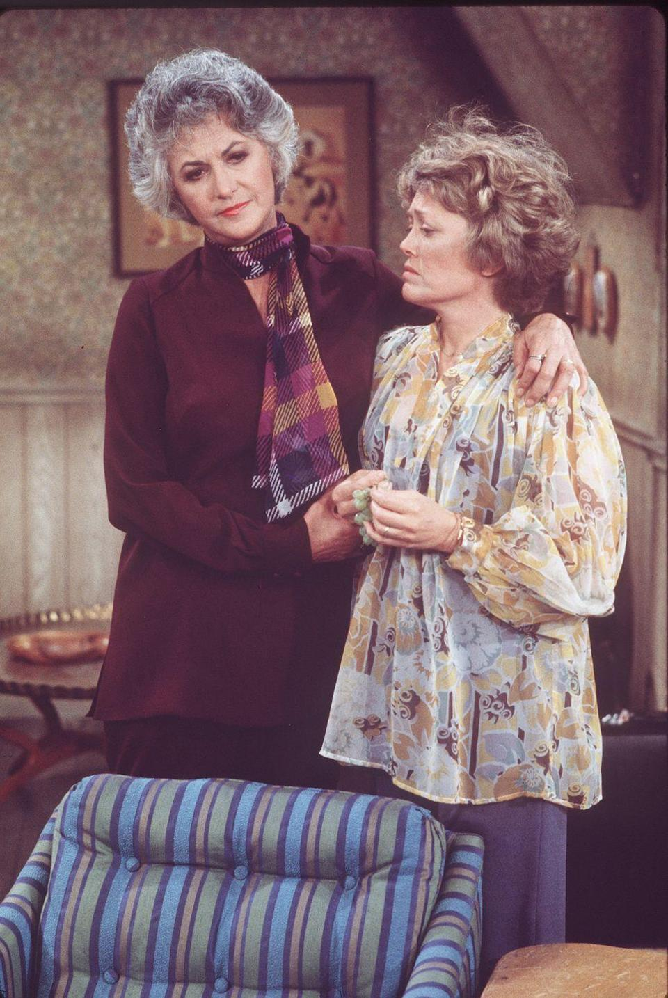 <p>No, this isn't a flashback scene from <em>Golden Girls</em>, this is a pic from the series <em>Maude</em>, that starred Arthur, and featured appearances by McClanahan as her neighbor. </p>