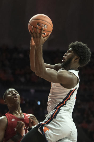 Illinois' Kipper Nichols shoots against Rutgers in the first half of an NCAA college basketball game, Sunday, Jan. 11, 2020, in Champaign, Ill. (AP Photo/Holly Hart)