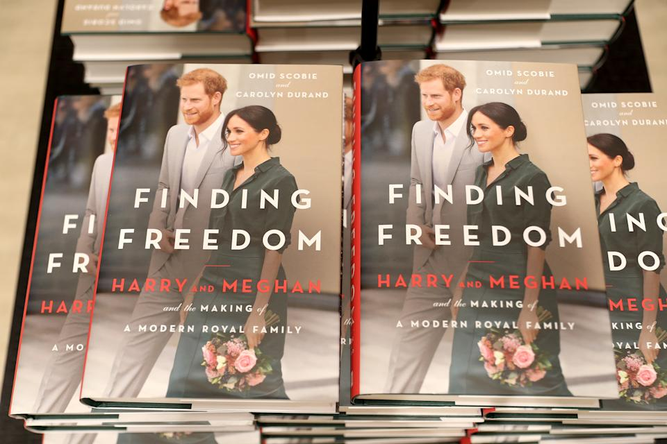 LONDON, ENGLAND - AUGUST 11: Copies of 'Finding Freedom' are stacked up in Waterstones Piccadilly  on August 11, 2020 in London, England. Finding Freedom: Harry and Meghan and the Making of A Modern Family is a biography of Prince Harry and Meghan Markle, the Duke and Duchess of Sussex, written by Carolyn Durand and Omid Scobie and published by Harper Collins.  (Photo by Chris Jackson/Getty Images)