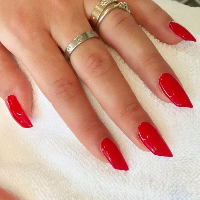 "<p>Another option if you don't want to scream Halloween: Do a bright red polish and then have your nail take the shape of this diagonal edge. It's a twist on a classic look, and the sharp edge gives it an unsettling feel. </p><p><a href=""https://www.instagram.com/p/BTkqETSDF-M/?utm_source=ig_embed&utm_campaign=loading"" rel=""nofollow noopener"" target=""_blank"" data-ylk=""slk:See the original post on Instagram"" class=""link rapid-noclick-resp"">See the original post on Instagram</a></p>"