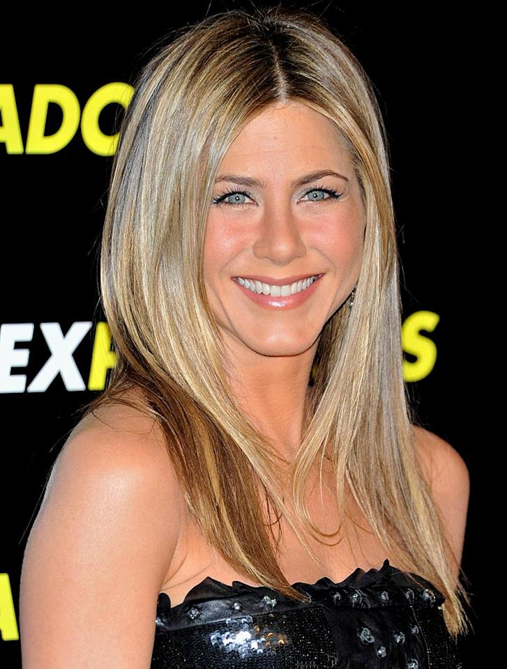 "Meanwhile, sexy former ""Friends"" star Jennifer Aniston keeps her skin looking fantastically fresh for single-girl getaways. The 41-year-old never fails to wow in a bikini. Carlos Alvarez/ GettyImages.com - March 30, 2010"