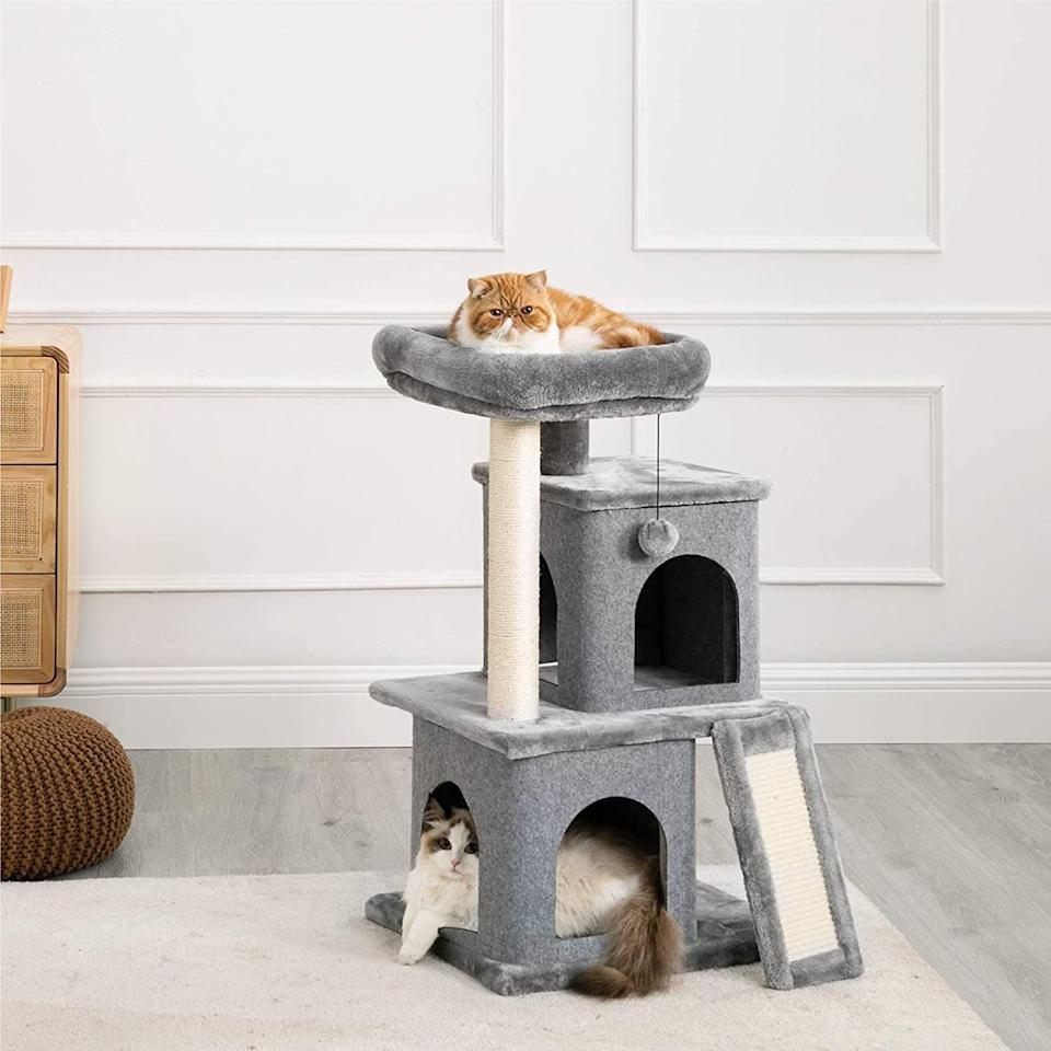<p>All the cool cats and kittens will enjoy the <span>Le Sure Cat Tree for Large Indoor Cats</span> ($60). It's perfect for cats of all shapes and sizes!</p>