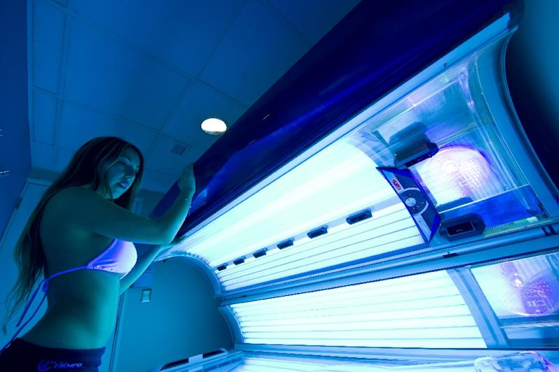 France moves to ban sunbed adverts access for kids for Salon uv paris