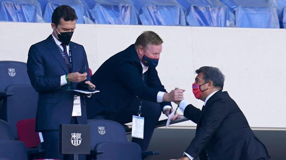 Koeman, Laporta y Guillermo Amor | Quality Sport Images/Getty Images