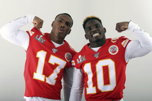 Chiefs wide receivers showcase speed during indoor race