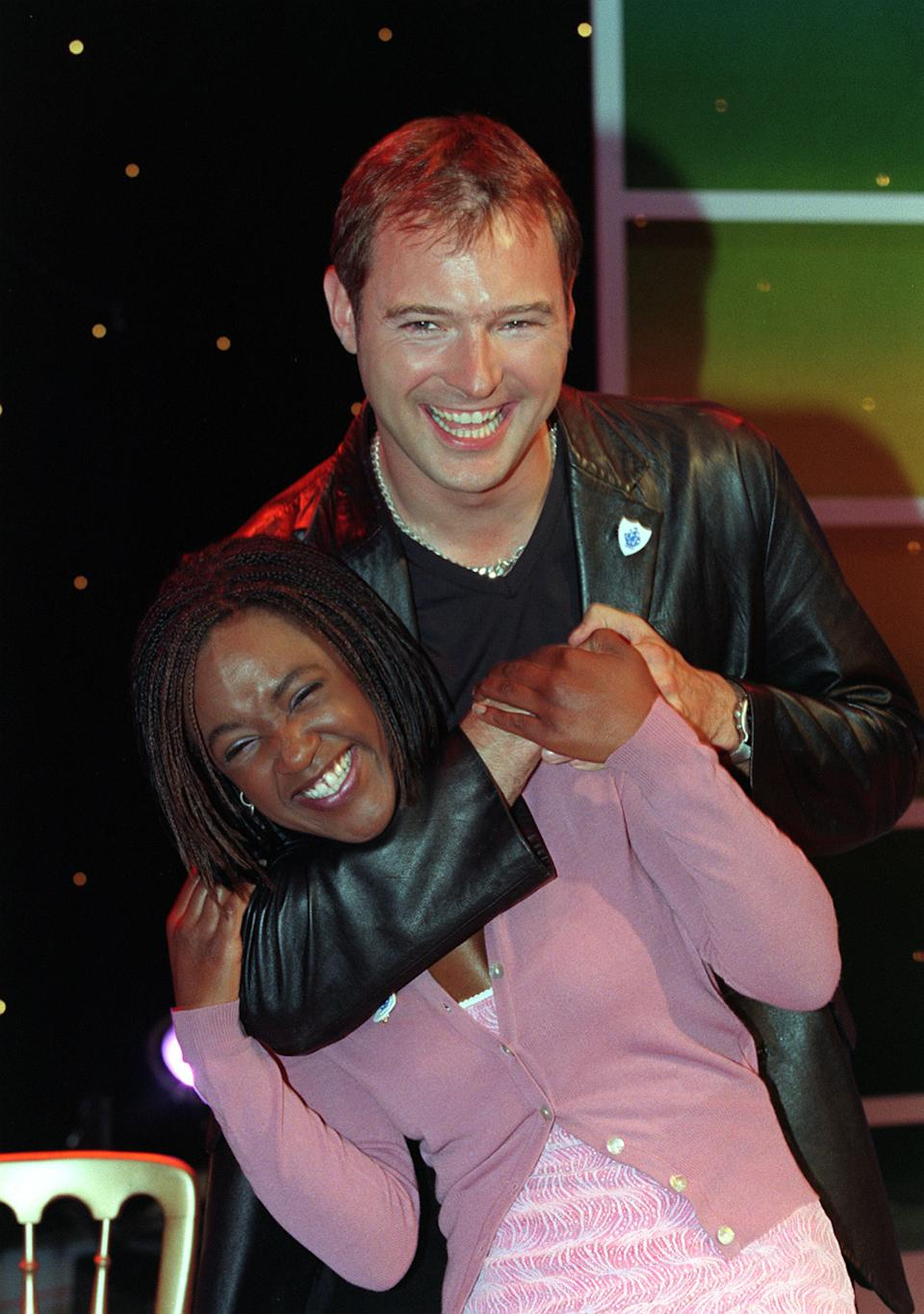PA NES PHOTO 16/10/98 FORMER BLUE PETER PRESENTERS JOHN LESLIE AND DIANE LOUISE JORDAN IN LONDON TO CELBRATE THE 40TH ANNIVERSARY OFTHE BBC CHILDREN'S PROGRAMME. (Photo by Peter Jordan - PA Images/PA Images via Getty Images)