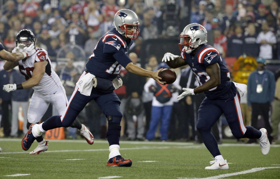 Dion Lewis is taking control in the Patriots' backfield. (AP Photo/Steven Senne)