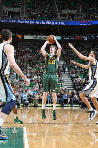 SALT LAKE CITY, UT - MARCH 16: Gordon Hayward #20 of the Utah Jazz shoots over Tayshaun Prince #21 of the Memphis Grizzlies at Energy Solutions Arena on March 16, 2013 in Salt Lake City, Utah. (Photo by Melissa Majchrzak/NBAE via Getty Images)