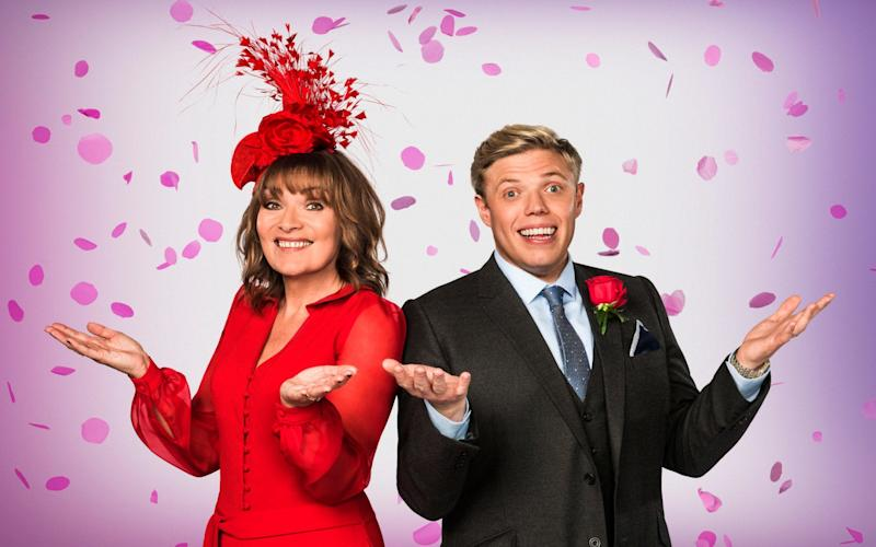 'Entertainer' Lorraine Kelly with comedian Rob Beckett - BBC