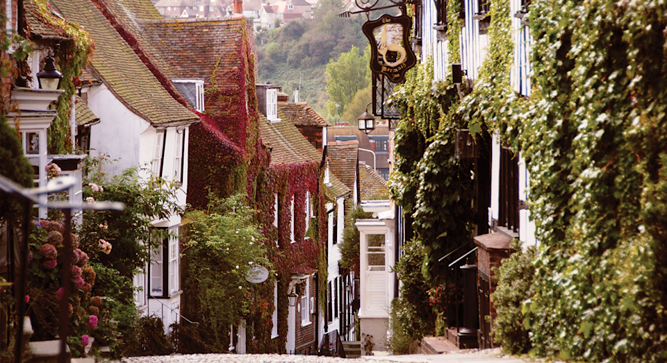 Explore the charms of Rye, including the quaint, cobbled Mermaid Street [Photo: @visit1066]
