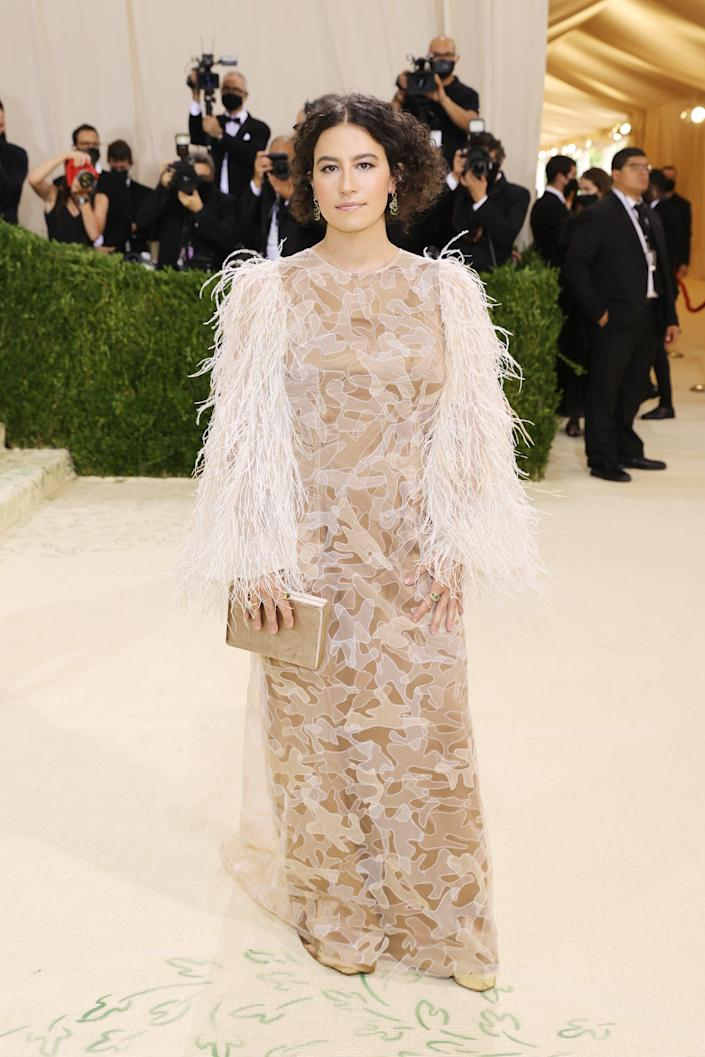 """<h2>Ilana Glazer wearing Aliétte </h2><br>Keke Palmer's livestream co-host, <em>Broad City</em>'s Ilana Glazer, took a literal approach to American fashion for her Met Gala ensemble, wearing elevated camouflage (featuring feathers) by Aliétte. <span class=""""copyright"""">Photo by Mike Coppola/Getty Images.</span>"""