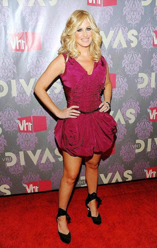 "Bravo's ""Real Housewives of Atlanta"" star Kim Zolciak wasn't ""tardy for the party"" in her hot pink bubble dress by Louis Vuitton. Dimitrios Kambouris/<a href=""http://www.wireimage.com"" target=""new"">WireImage.com</a> - September 17, 2009"