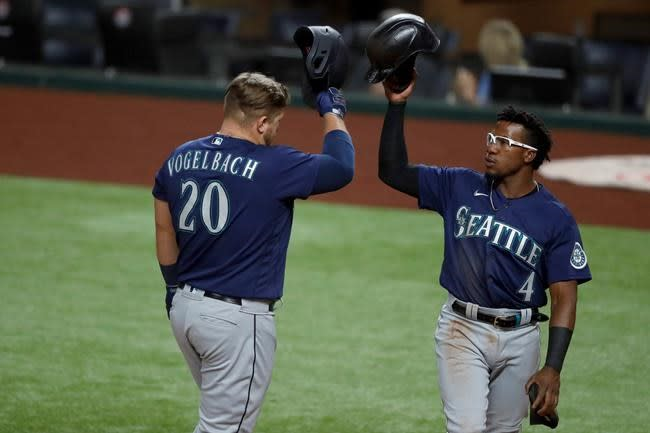Brewers designate Smoak for assignment, add Vogelbach
