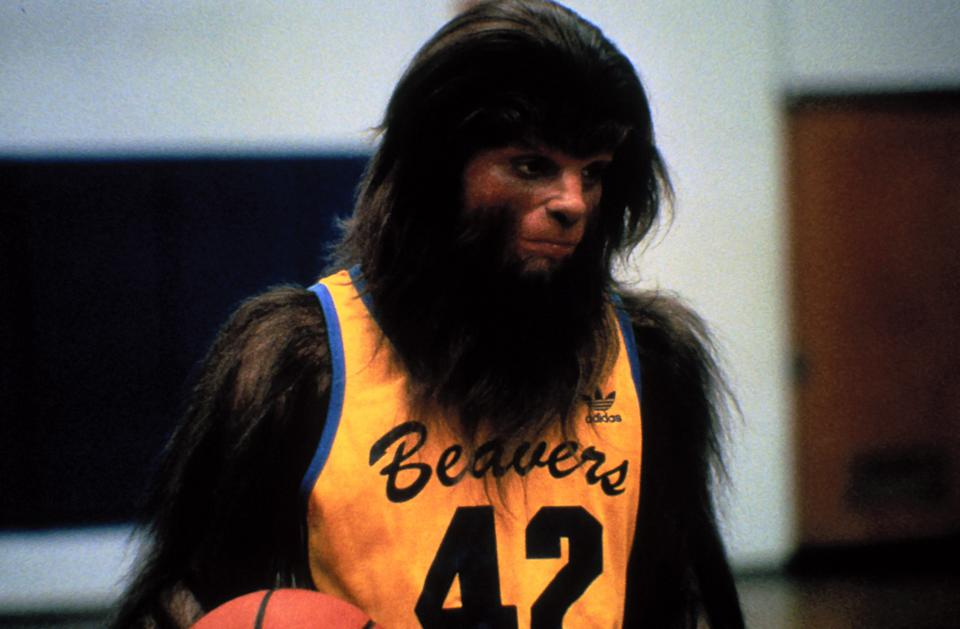 Michael J. Fox as the basketball-playing teen wolf in <em>Teen Wolf</em>. (Photo: MGM/courtesy Everett Collection)