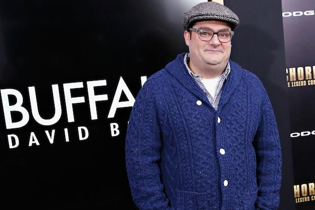 'SNL's' Bobby Moynihan to Play Stripping Cop on USA's 'Playing House'
