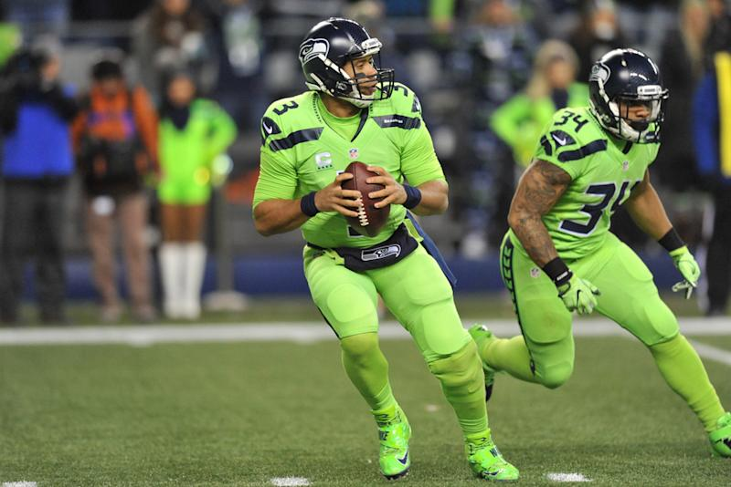 Twitter Reacts To The Seattle Seahawks Neon Nike Uniforms