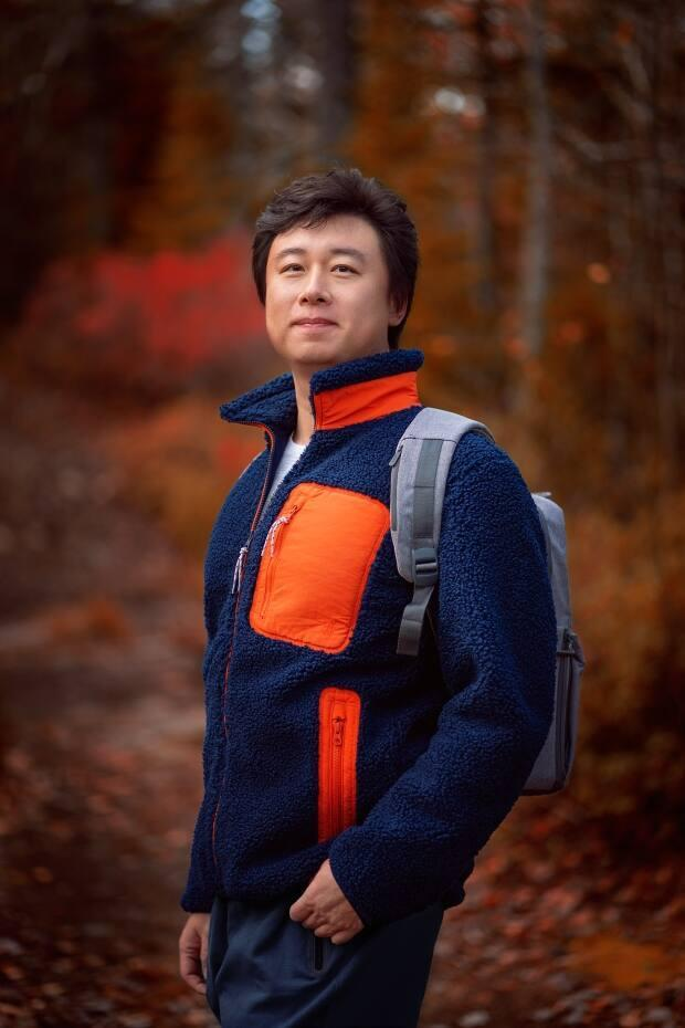 Yang Li created the TikTok account @yangpracticingenglish to document his language journey and share what it's like to move to a new country. (Yang Li - image credit)