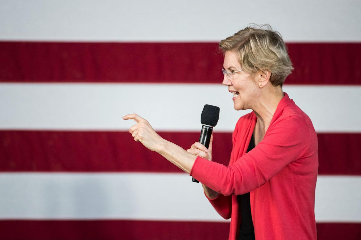 New poll puts Elizabeth Warren at front of pack in Iowa: Getty