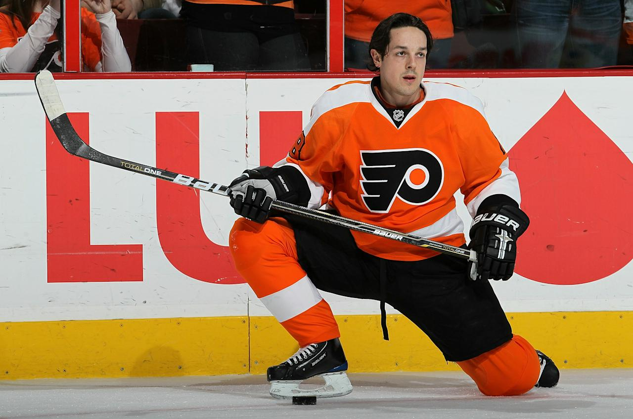 PHILADELPHIA, PA - JANUARY 20:  Daniel Briere #48 of the Philadelphia Flyers warms up before playing agauinst the Ottawa Senators on January 20, 2011 at Wells Fargo Center in Philadelphia, Pennsylvania.  (Photo by Jim McIsaac/Getty Images)