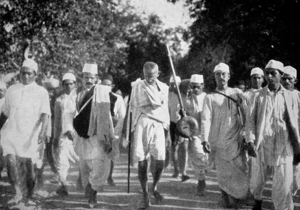 Scenes during Mahatma GandhiÕs famous Salt March. This march on foot to the sea coast at Dandi, on the eve of the Salt Satyagraha, 1930. This peaceful resistance was part of Gandhi's Non-violent opposition to British rule in India. (Photo by: Universal History Archive/Universal Images Group via Getty Images)