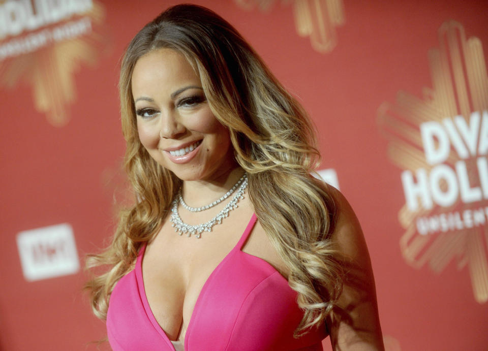 Photo by: Dennis Van Tine/STAR MAX/IPx 2/2/21 Mariah Carey's estranged sister, Alison Carey, sues singer for emotional distress over memoir. STAR MAX File Photo: 12/2/16 Mariah Carey at VH1 Divas Holiday: Unsilent Night. (NYC)