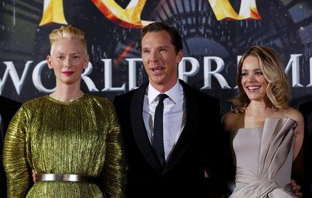 """Cast members Cumberbatch, Swinton and McAdams pose at the premiere of """"Doctor Strange"""" in Hollywood"""