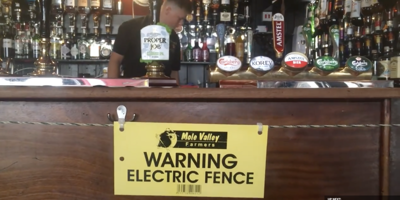 Cornwall's The Star Inn has installed an electric fence to enforce social distancing. Source: Cornwall Live