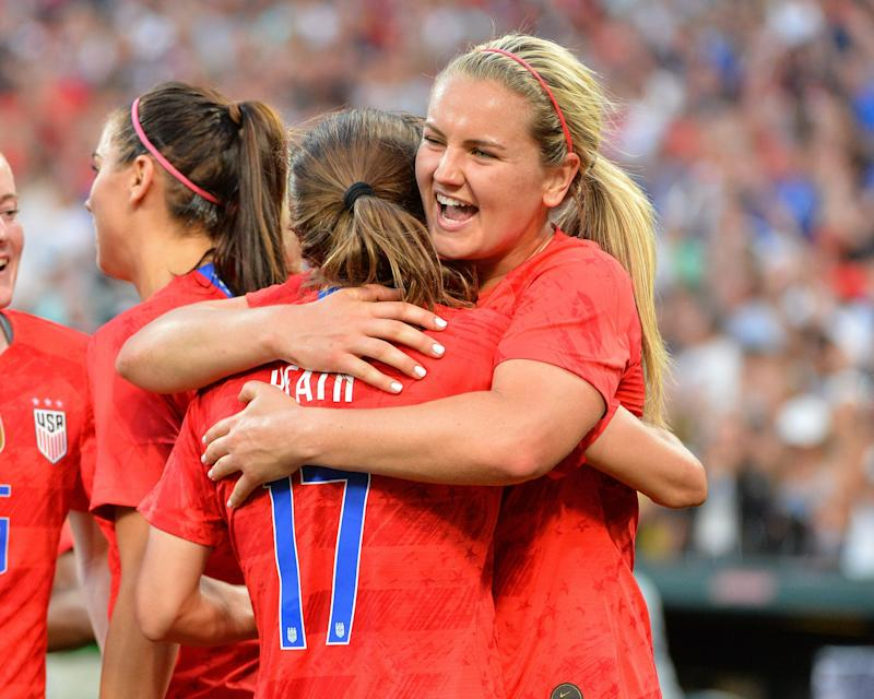 May 16, 2019: US midfielder, Lindsey Horan (9), congratulates US forward, Tobin Heath (17), after Heath (17) scores during the International Women's Soccer match up between the USA and New Zealand, at Busch Stadium in St. Louis, MO. Kevin Langley/Sports South Media/(Photo by Kevin Langley/CSM/Sipa USA)