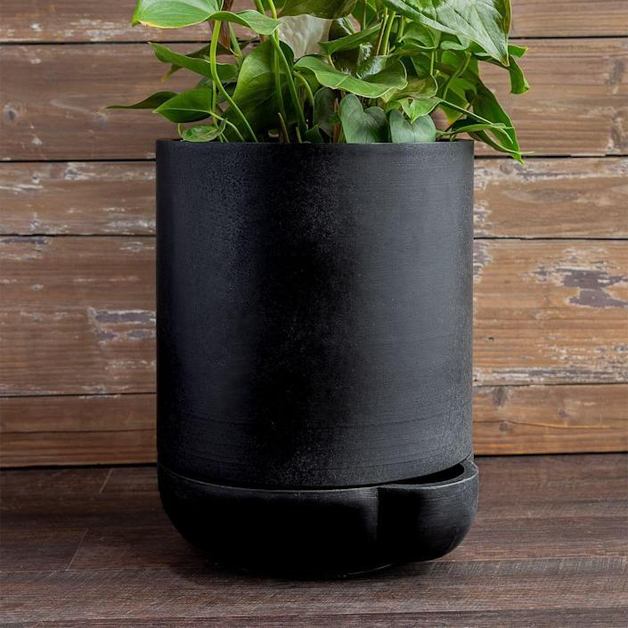 """<p><strong>$130.00</strong></p><p><a href=""""https://go.redirectingat.com?id=74968X1596630&url=https%3A%2F%2Fwww.westelm.com%2Fproducts%2Fthe-simple-pot-3-gallon-d8853%2F&sref=https%3A%2F%2Fwww.townandcountrymag.com%2Fstyle%2Fg36421523%2Fthe-weekly-covet-may-14-2021%2F"""" rel=""""nofollow noopener"""" target=""""_blank"""" data-ylk=""""slk:Shop Now"""" class=""""link rapid-noclick-resp"""">Shop Now</a></p><p>""""The last year really sent my plant parenting into overdrive, and now some of my leafy babies need new pots. This one not only looks chic and minimalist, it would make helping with the watering easier for my less green-thumbed significant other.""""—<em>Lauren Hubbard, Contributor</em></p>"""