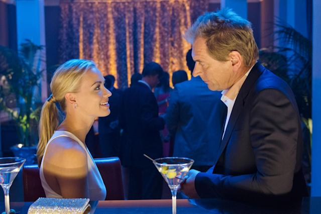 "Yvonne Strahovski as Hannah McKay and Julian Sands as Miles Foster in the ""Dexter"" Season 8 episode, ""Dress Code."""