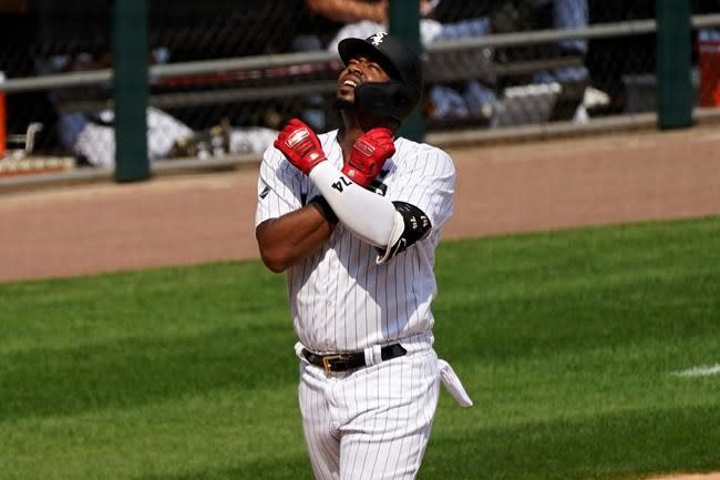 White Sox hit 4 more homers, rip Pirates 10-3