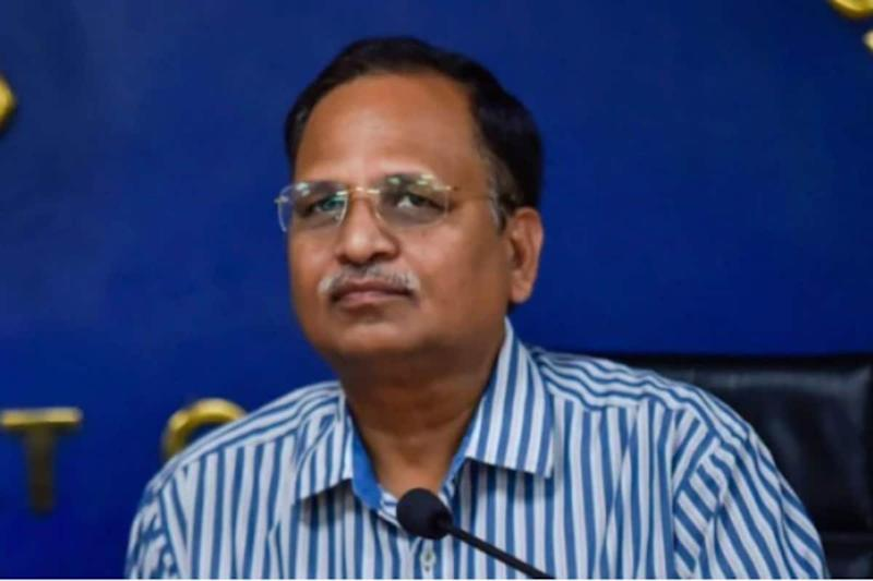 30% Covid-19 Patients in Delhi Hospitals from Outside, Most on ICU Beds at Pvt Facilities: Satyendar Jain